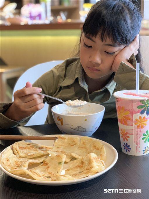 營養師宋明樺說,國人鈣吸收拉警報,早餐的鈣磷比失衡達16倍。(圖/營養師宋明樺提供)