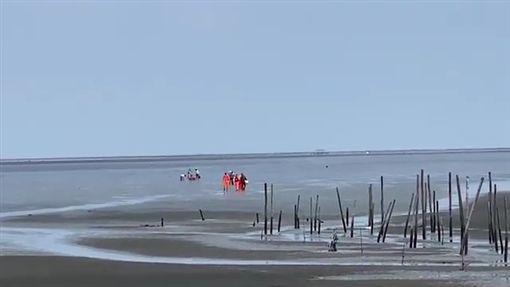 雲林,紅衣小女孩,麥寮,海巡。翻攝畫面