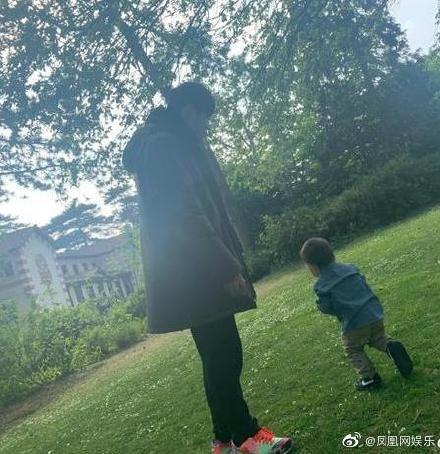 昆凌 Weibo