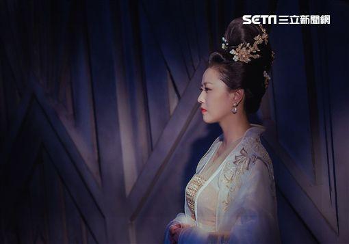 鄧倫、楊紫、周海媚《香蜜沉沉燼如霜》圖/中天電視提供