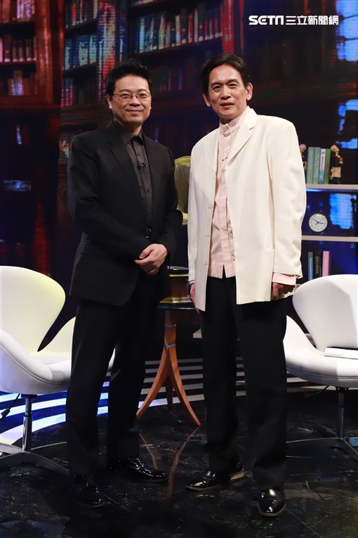 殷正洋、主持人李哲藝《台灣的聲音》 圖/民視提供