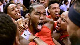 NBA/雷納德絕殺七六人 暴龍晉級 NBA,季後賽,多倫多暴龍,Kawhi Leonard,絕殺,費城七六人 翻攝自推特