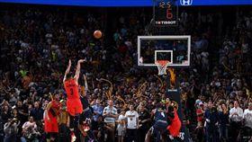 NBA/麥考倫爆發 獲同鄉詹皇狂讚 NBA,季後賽,波特蘭拓荒者,CJ McCollum,阿克倫 翻攝自推特