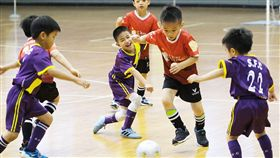 幼兒足球活動的重點是在於讓幼兒了解團隊合作的重要性。(圖/主辦單位提供)