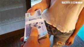 (示意圖) 買春 性交易 -借錢-債務-