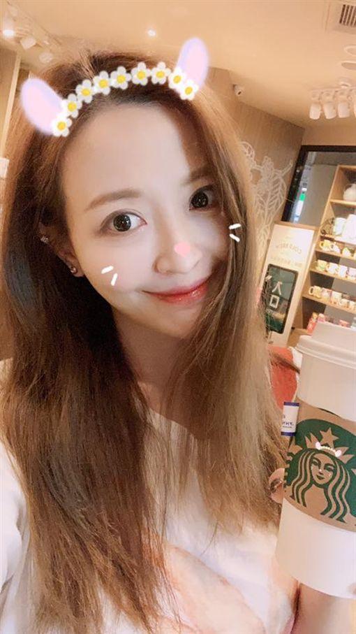 車模Lucy(倪千凌)臉書