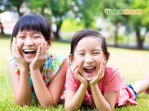 據統計,台灣兒童齲齒遠超出世界平均的1.67顆,衛福部也曾公布我國兒童齲齒指數高達2.5顆,三歲兒齲齒率高達61%、六歲童高達79%,齲齒程度令人堪憂。