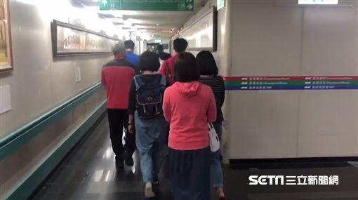 台中5歲女童被車撞、校長蔡承憲/記者張展誌攝