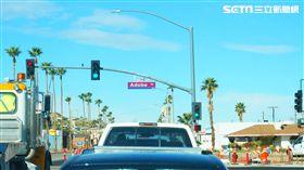 加州氣候宜人道路寬敞,非常適合自駕遊。