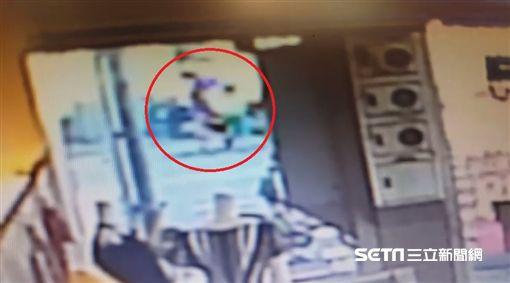 台中5歲女童遭貨車撞死監視器畫面/記者邱瑞揚翻攝