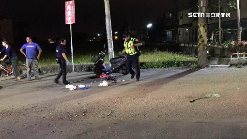 騎車遭野狗衝撞 65歲婦臉部重摔昏迷