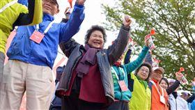 高雄國際馬拉松,韓國瑜,陳菊,鳴槍,立委補選,謝龍介 圖/翻攝自臉書