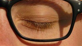 (圖/Pixabay)眼皮,眼睛,閉眼