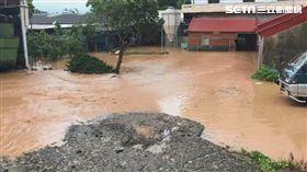 新竹,新豐鄉,淹水,大雨,積水,暴雨(圖/翻攝畫面)