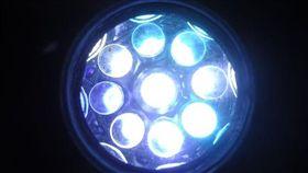 LED,燈光,傷害,光毒性,手機,筆電,平板,藍光,英國,強烈光,危害 圖/翻攝自維基百科 https://parg.co/C01
