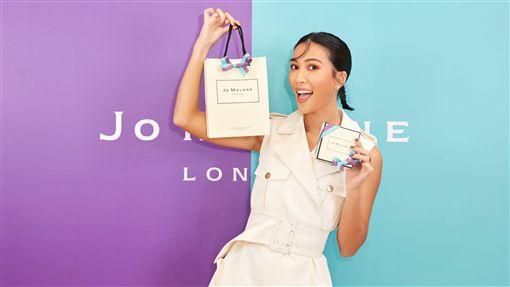 KOL莫莉出席品牌活動擔任一日店長。(圖/Jo Malone London提供)