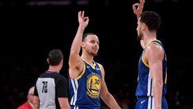 NBA/浪花兄弟轟64分!勇士止敗 NBA,金州勇士,Stephen Curry,Klay Thompson 翻攝自推特