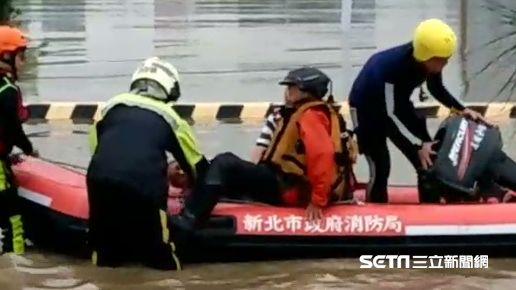 五股疏洪道淹慘 2釣客一度不願撤離