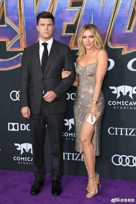 史嘉蕾喬韓森(Scarlett Johansson),科林約斯特(Colin Jost)/微博