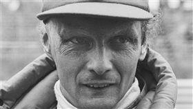 電影「決戰終點線」本尊、F1賽車尼基勞達與世長辭,享壽70歲。(圖/翻攝自維基百科)