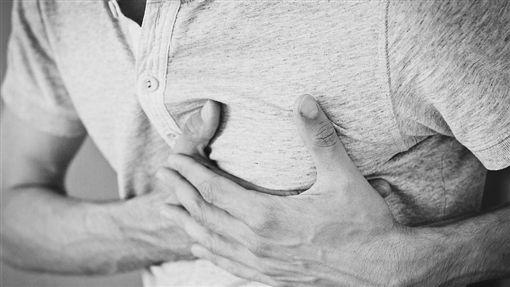 肺癌,脊椎不正  (圖/取自Pixabay)