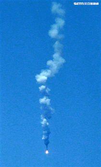 幻象2000、IDF經國號、F16戰機發射飛彈各命中目標。(圖/記者邱榮吉攝)