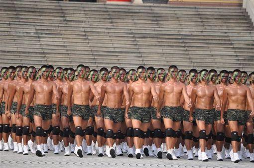 ▲各界多認為軍人必須雄赳赳,同志可能因軍人包袱等因素不敢表露性傾向。(示意圖/翻攝pixabay)