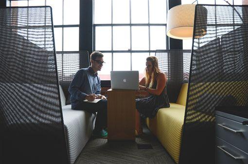 職場,工作,同事 圖/pixabay
