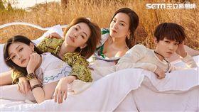 大S、小S、范曉萱與阿雅《我們是真正的朋友》 圖/WeTV提供