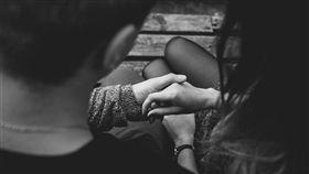 情侶、男女朋友、愛人、戀人示意圖/pixabay