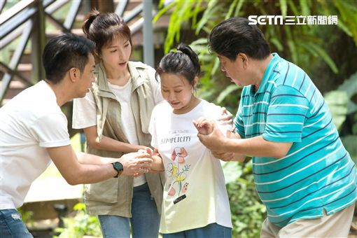 楊謹華、黃健瑋、呂雪鳳《我是顧家男》 圖/八大電視提供