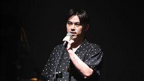 歌手HUSH
