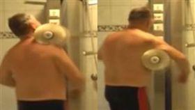 芬蘭工程師發明自動洗澡機。(圖/翻攝自YOUTUBE)