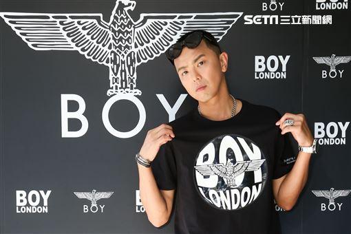 小鬼黃鴻升出席BOY LONDON仲夏展示會。(記者林士傑/攝影)