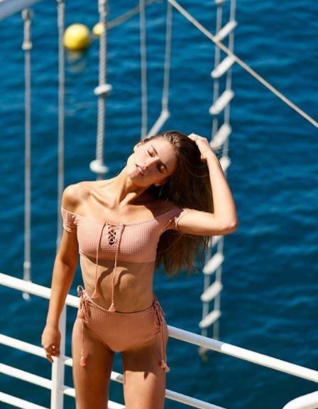 巴西名模Fernanda Liz IG