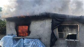 屏東,內埔,火災,鐵皮屋,燒傷