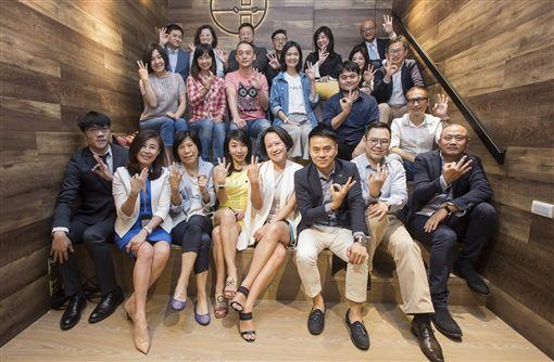 人才公益平台,華人領袖100,產業,導師,貴人,30世代