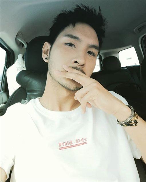 許維恩(臉書)