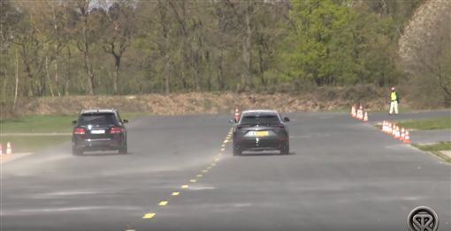 ▲Lamborghini Urus對決Mercedes-AMG GLE 63(圖/翻攝網路)