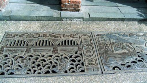 三峽老街水溝蓋 翻攝自臉書