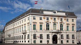 奧地利聯邦總理府奧地利政府爆發醜聞,重創民眾對政府的信心,圖為位於首都維也納的奧地利聯邦總理府。(奧地利聯邦總理府提供)中央社記者林育立柏林傳真  108年5月22日