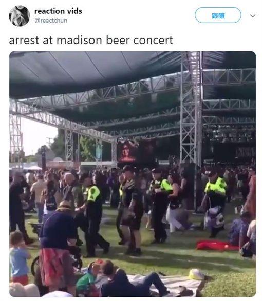 Madison Beer 推特