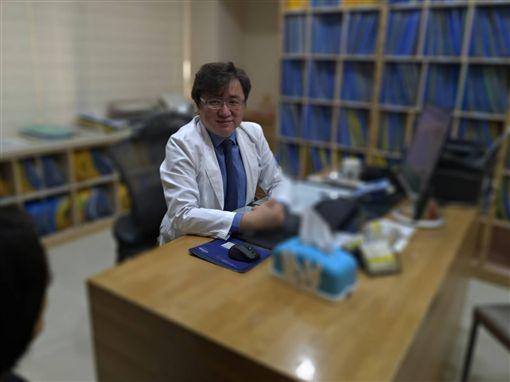 身心科醫師黃偉俐