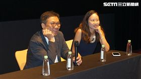 金獎大導關錦鵬(左),睽違5年來台自揭創作秘辛。(圖/甲上娛樂提供)