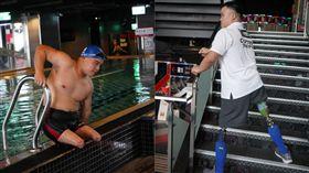 無腿蛙人,游泳,身障,運動,猛男,鋼鐵人,張維捷(記者郭奕均攝影)
