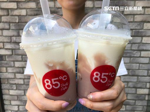 85℃,氣泡飲,百香優格,葡萄柚優格,芋頭鮮奶,芋頭奶綠,第二杯半價