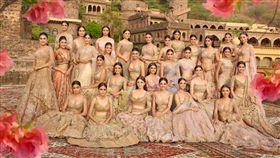 印度小姐成複製人?30位選美佳麗排開 網揉眼:同一人? 圖翻攝自Femina Miss India臉書