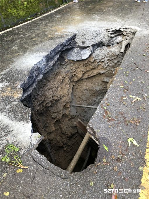 台14甲線翠峰路段封閉/公路總局提供