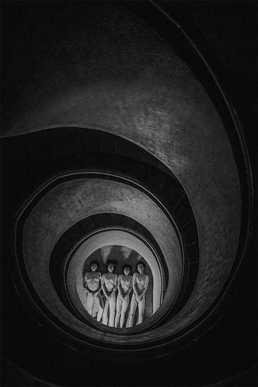 台灣攝影師邵安澤作品Dull and Sulk,拿下莫斯科國際攝影獎廣告音樂類金牌。(圖/翻攝自莫斯科國際攝影獎網頁)