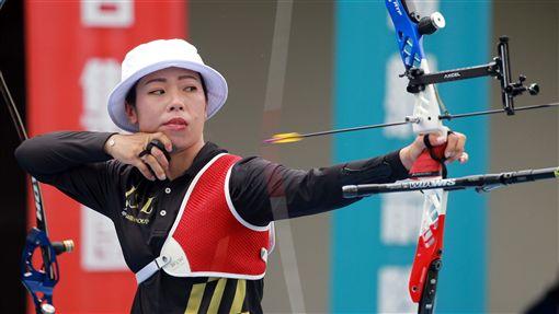 ▲譚雅婷為台灣爭奧運門票。(圖/中華企業射箭聯盟提供)